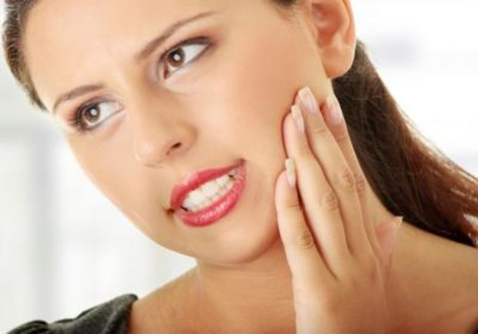 Причины реакции зубов на холодное и горячее